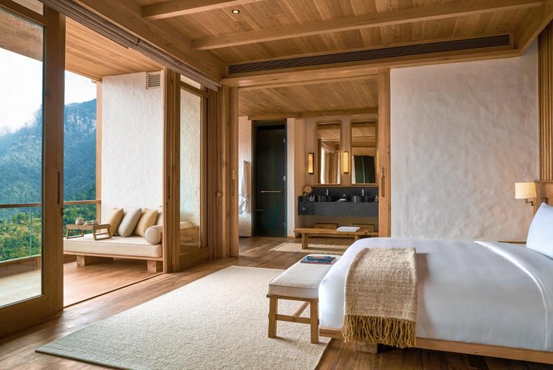 LODGE SUITE BEDROOM AT THIMPHU